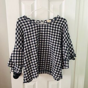 Navy and white gingham ruffle top 💙
